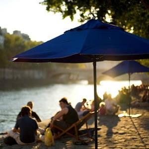 Spiaggia a Parigi d'Estate Thumbnail