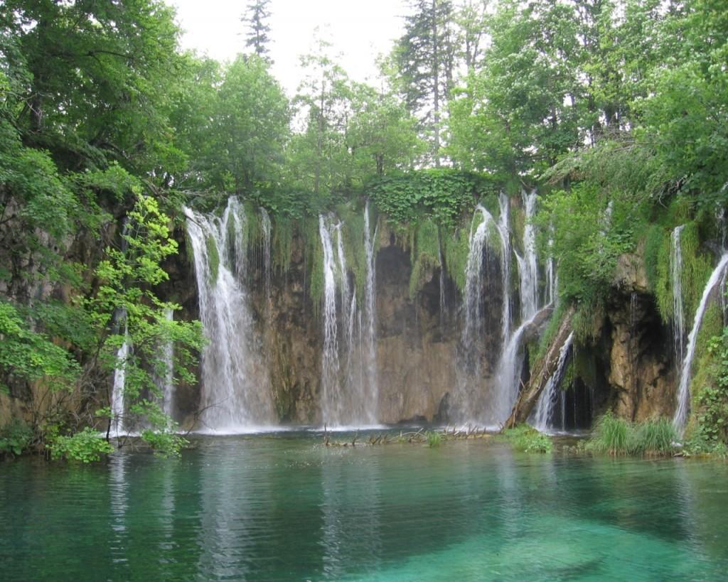 Laghi di Plitvice, il paradiso acquatico della Croazia Thumbnail