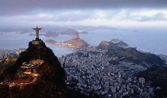 Brasile: colore, sorrisi e ritmo Thumbnail