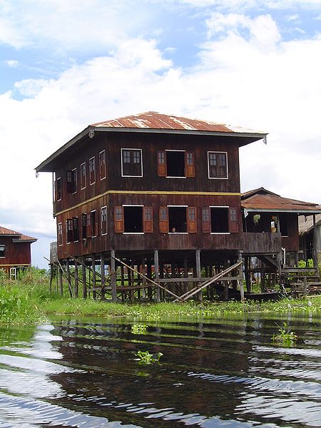 Palafitta Lago Inle Birmania