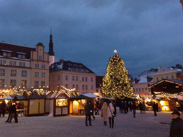 Mercatini di Natale: ecco i più belli d'Europa Thumbnail