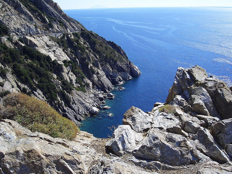 L'Isola d'Elba tra storia e architettura Thumbnail