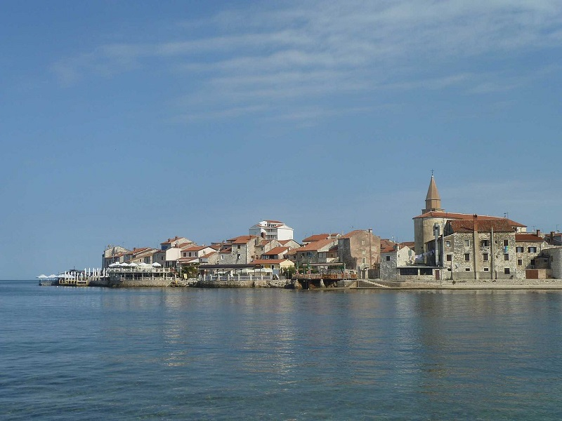 Umag_from_beach_2